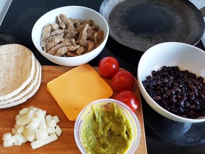 vegane Quesadilla-Taschen cheezig-mexikanisch Zutaten 1